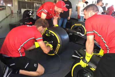 F1 Pit Stop Challenge