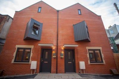 Cheltenham Lane 3B Front