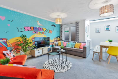 Brighton's Best BIG House 2 - Lounge-Dining