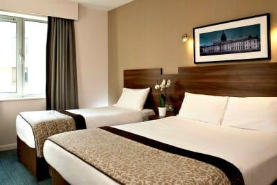 Jurys Inn - Parnell Street - bedroom