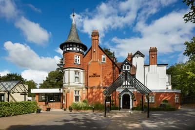 Macdonald Berystede Hotel & spa - exterior