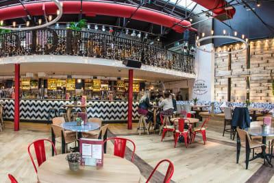 Revolution bar Bristol - Bar