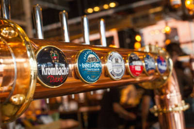 Beer Tasting, Brewhouse & Kitchen