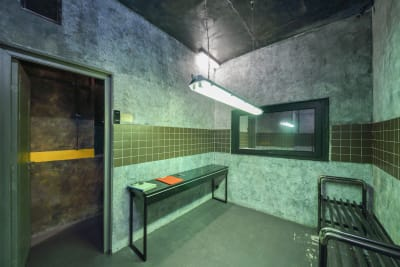 An image of an escape room