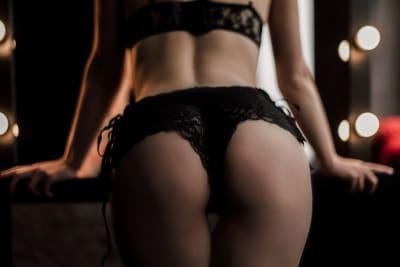 Lap Dancing Entry, Female Stripper