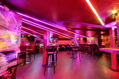Scarlets Bar - interior