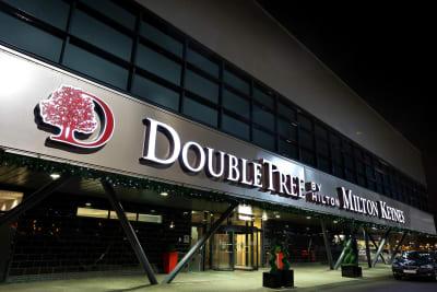 Double Tree By Hilton - Milton Keynes - Front Exterior