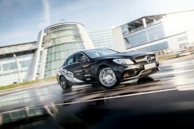 Mercedes Benz world - Driving experiences