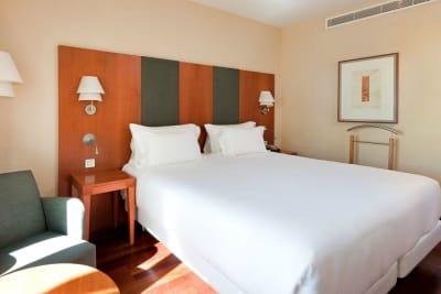 Hotel NH Marbella - bedroom