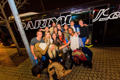 budapest party bus group