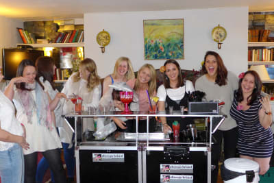 A happy hen group during a cocktail making class