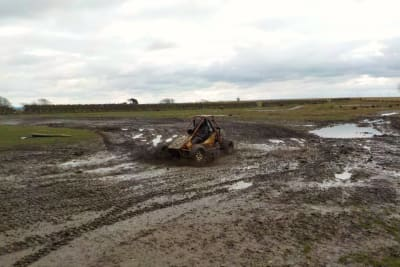 Battlezone Paintball - Off road buggy track