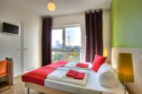 Meininger Hotel Berlin Alexanderplatz - bed 2