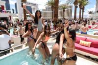 Drai's beachclub VIP group of girls