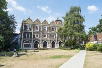 Safestay Hostel - Kensington Holland Park