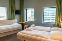 Meininger Hotel Amsterdam - Bedroom