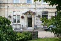 The Rodney Hotel, Entrance