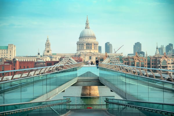 Millennium Bridge - St Paul