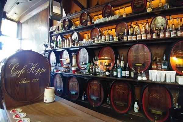 Café Hoppe EDITORIAL