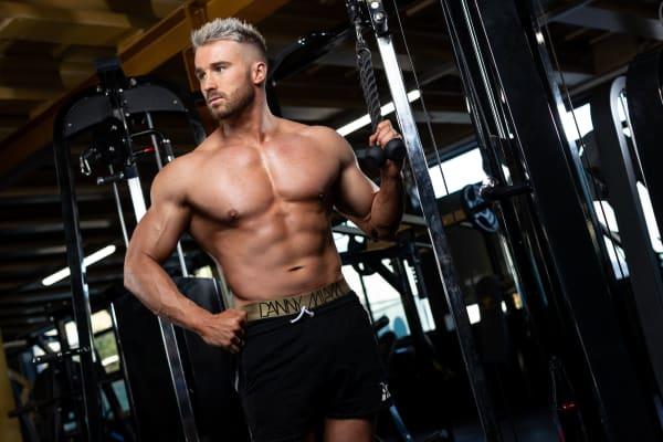 Groom Fitness 6