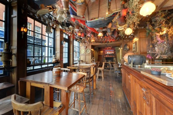 Mr Fogg tavern - interior