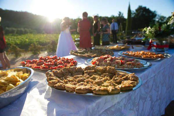 Wedding Food - Things We Love About Weddings