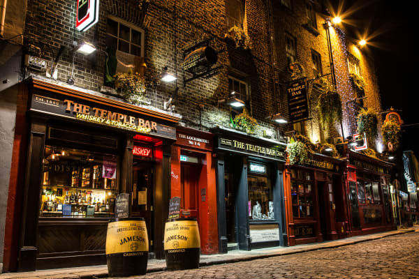 Dublin At Night Temple Bar